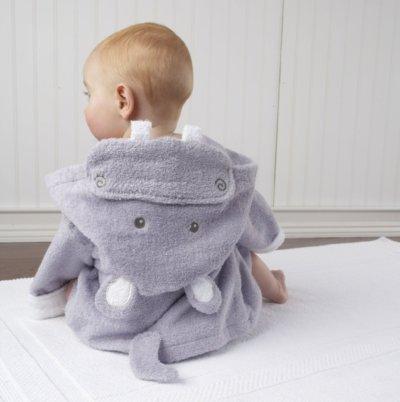 1. Hooded Animal Baby Bathrobe